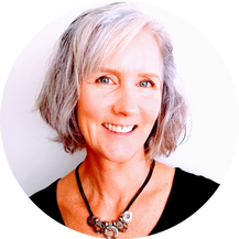 Maya Frost, mindfulness trainer and change coach for creative women in Portland, Oregon.